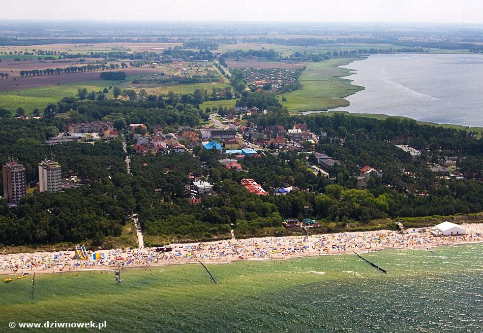 Widok na Zatokę Wrzosowską i Wrzosowo w tle
